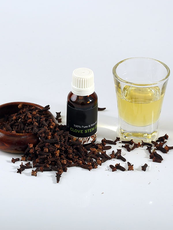 Essential Oil - Clove Steam Oil - Sri Lanka