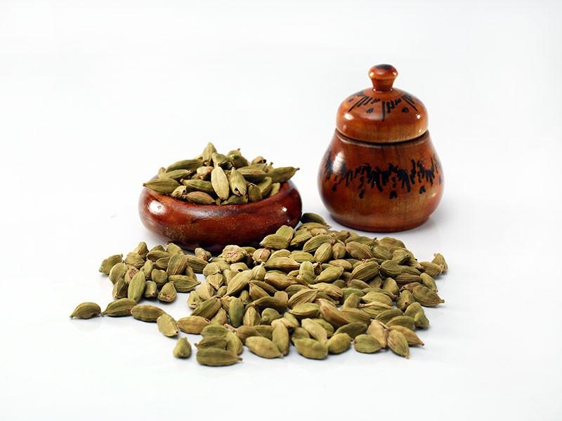 Lanka Exports - Cardamom - Spices - Sri Lanka